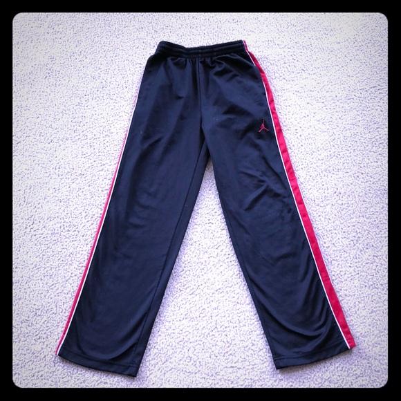 28a13e8cfcda Air Jordan Other - Boys 10 12 Nike Air Jordan Pants